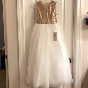 NWT JJs House formal gown